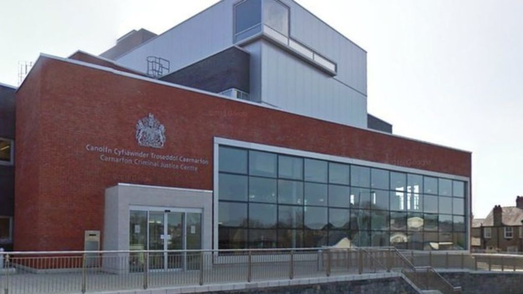Bangor Flasher jailed and placed on sex register