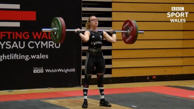 Catrin Jones breaks her own Welsh weightlifting record