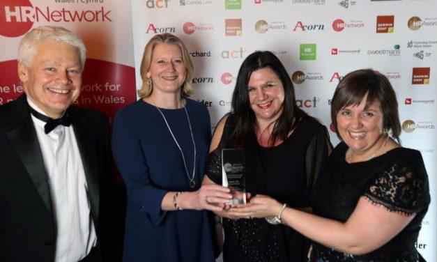 Bangor University wins Welsh Language Award