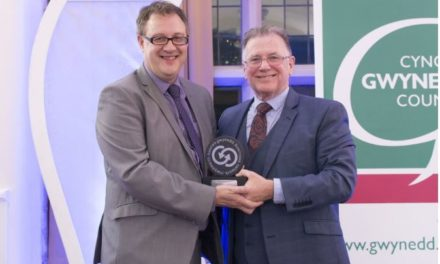 Dafydd Hardy wins Gwynedd Business Person of the Year