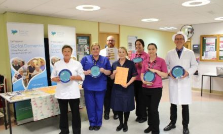 Blue crockery introduced to help dementia patients at Ysbyty Gwynedd