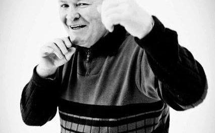 Meet boxing legend Dave Davies at Bangor fun day
