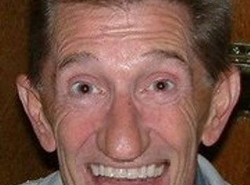 Tributes paid to 'Chuckle Brother' Barry