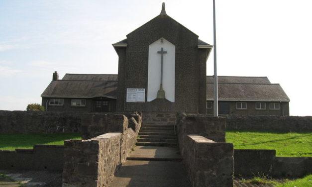 Eglwys y Groes in Maesgeirchen to celebrate 60th anniversary