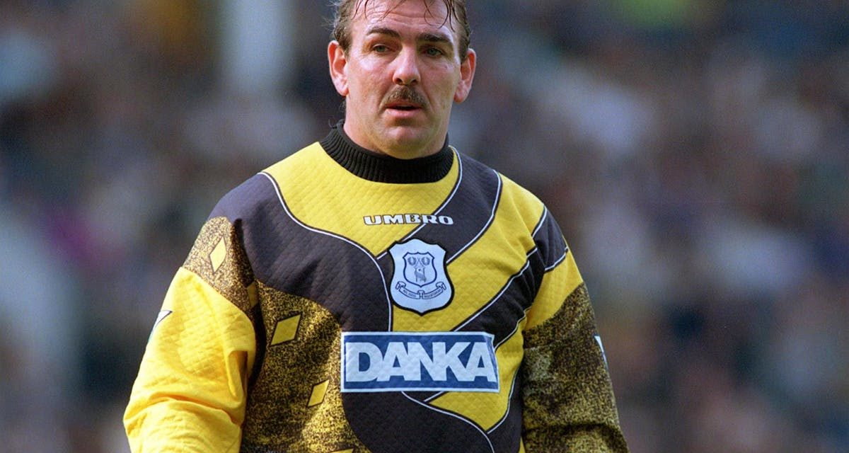 Happy 60th Birthday to goalkeeping legend Neville Southall