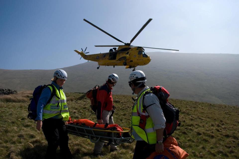 MP Praises Llanberis Mountain Rescue Team on their 50th Anniversary