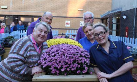 Dementia-friendly sensory garden opens at Ysbyty Gwynedd