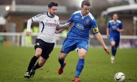 Les Davies leaves Bangor City for Llandudno