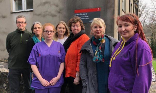 Bangor Nursing Students meet politicians amidst fears of teaching cuts