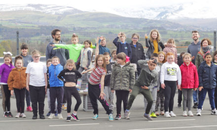 Artists work with Bangor school children in the name of wellbeing