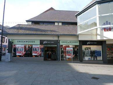 Greenwoods Menswear Goes Into Administration