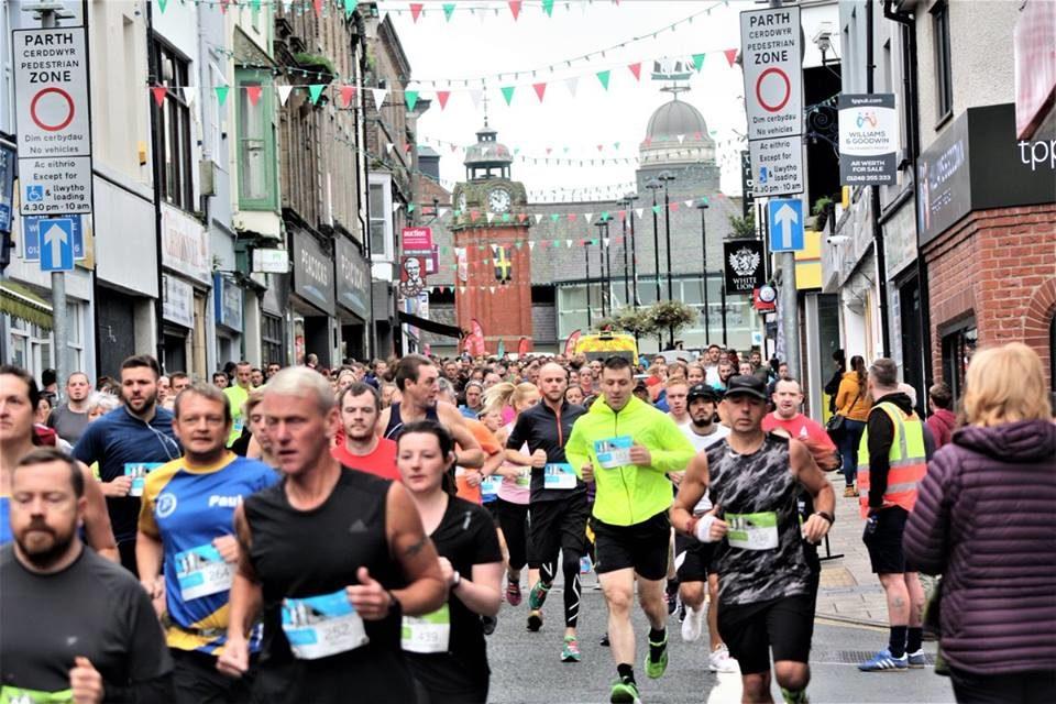 Hundreds ready for Bangor 10K and Half Marathon