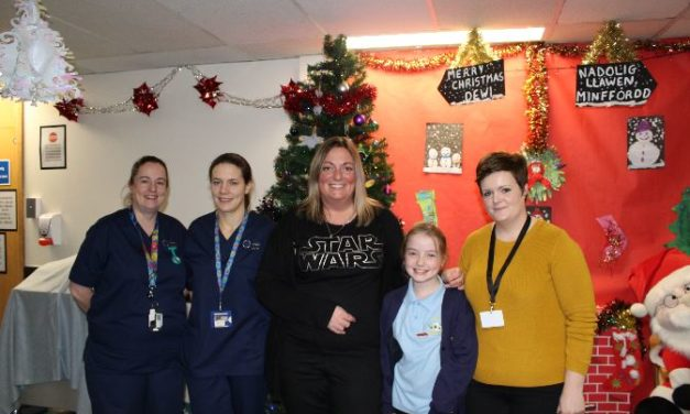Anglesey youngster thanks Ysbyty Gwynedd staff for her outstanding care
