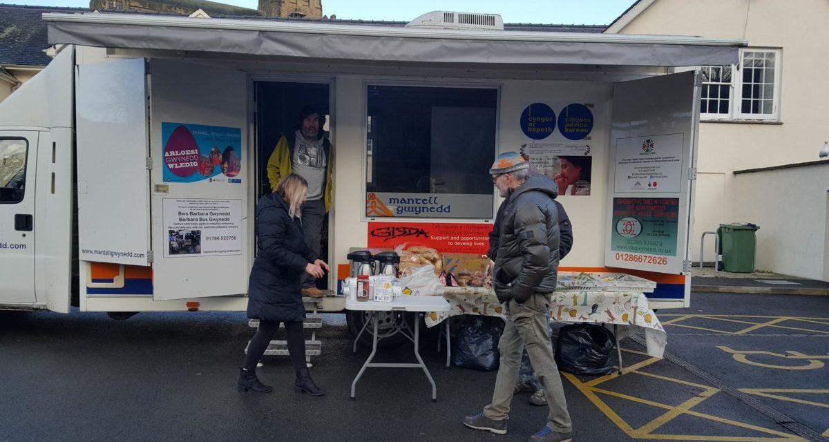 Mantell Gwynedd Lorry helps Bangor's homeless on News Year's Day