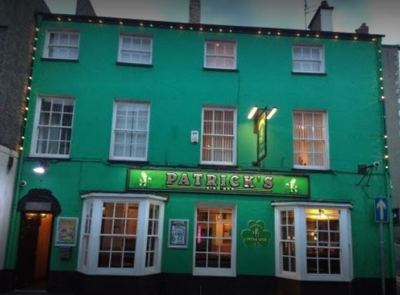 Patrick's Bar celebrates Real Ale Award success