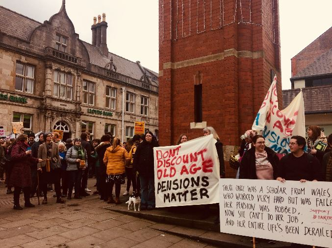 Bangor University staff to remain on strike after pension deal rejected