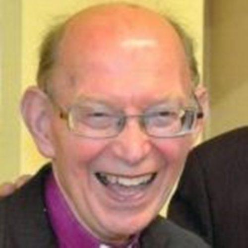 Tributes paid to former Bishop of Bangor Saunders Davies