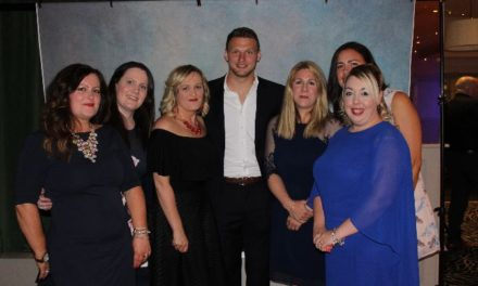 Wales rugby star Dan Biggar helps raise over £2,000 for Ysbyty Gwynedd Children's Ward