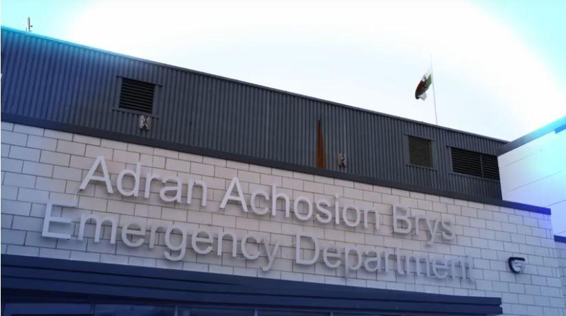 Ysbyty Gwynedd Emergency Department features in C4 News series