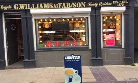 Shoppers welcome 'Johnny Six' butchers back to Bangor