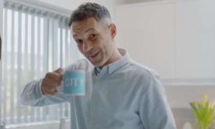 Rhodri Giggs in hilarious new advert for Paddy Power