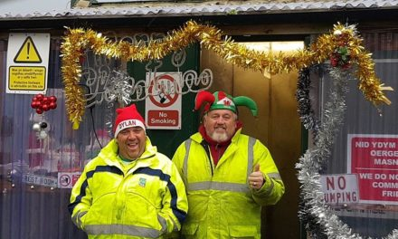 Bangor Recycling Team win Gwynedd Council people's choice award