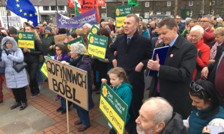 Hundreds attend 'People's Vote' Rally in Bangor
