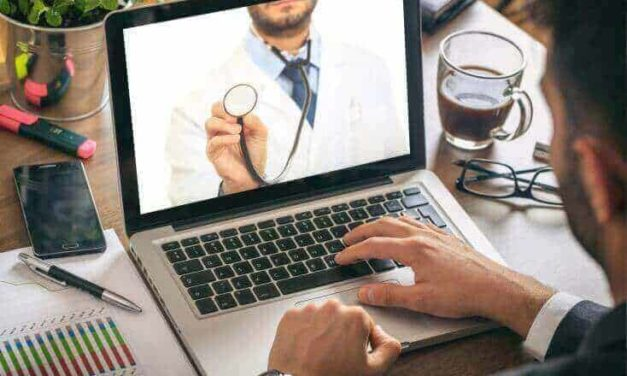 Third of people in Wales 'self-diagnose' health conditions online