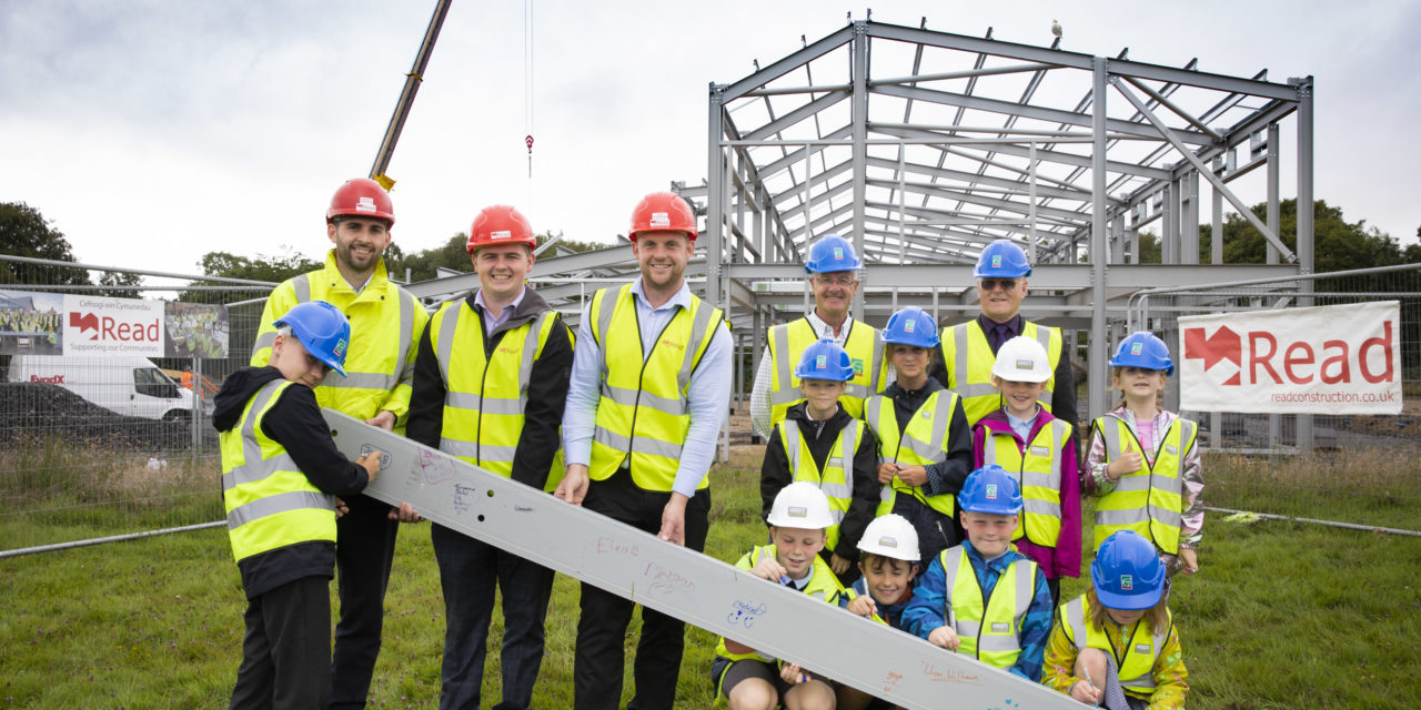 Important milestone in the new Ysgol y Garnedd project