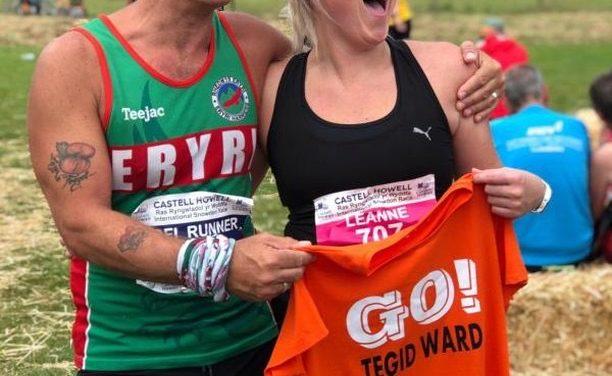 Ysbyty Gwynedd staff raise over £4000 towards their ward