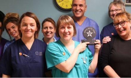 Ysbyty Gwynedd Housekeeper receives special award