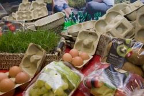 Bangor University develop food packaging without plastic